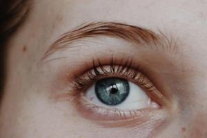 natural eye-lash